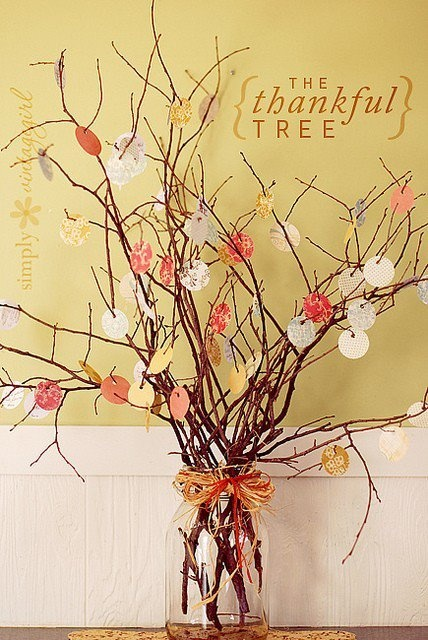 The Thankful Tree - SimplyVintageGirl